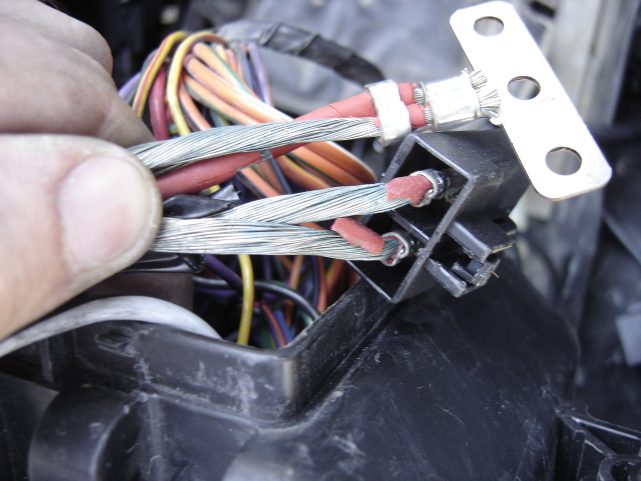 Automotive Wiring Insulation : Flaking wire insulation repair under the hood